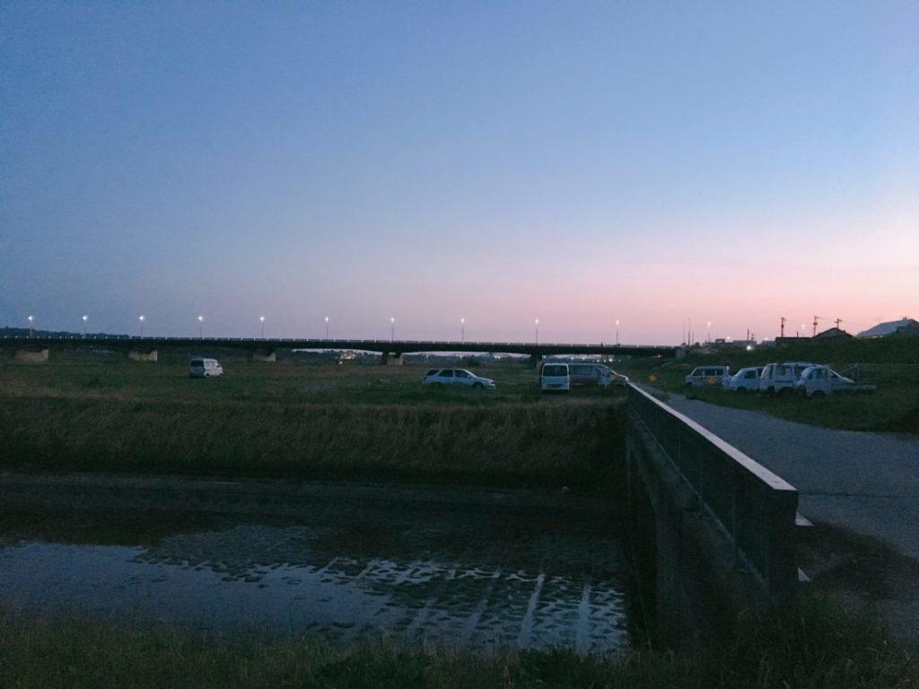 朝4時半の神通川